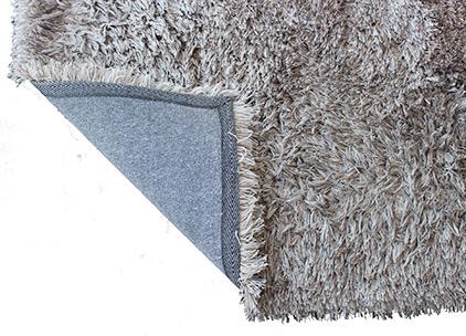 exemplarischer zotteliger Teppichboden